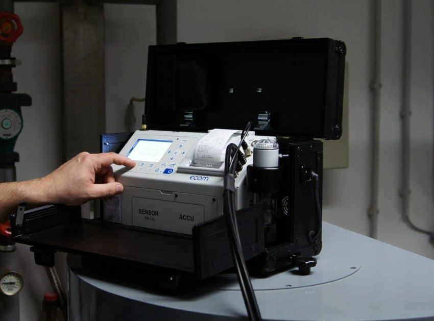 ecom-EN2 - Kompakt Messgerät für Heizungsanwendungen
